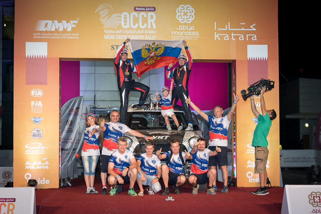 Побеждает тот, кто не ломается: Васильев второй в Qatar Cross Country Rally